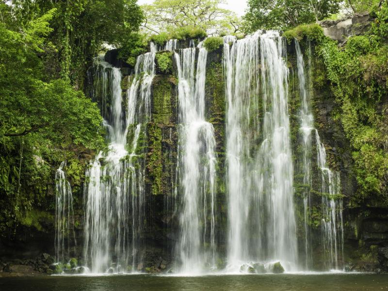 коста-рика--водопад-Depositphotos_26483557_l-2015.jpg